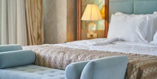 Czytaj opinie hotelów przed rezerwacją